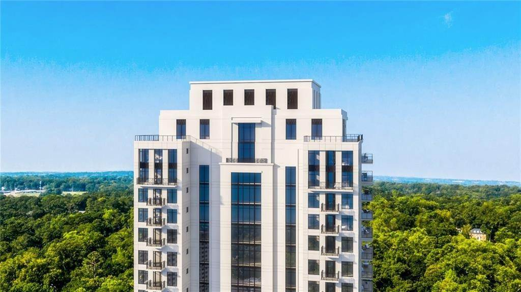 Condominiums for Sale at 2520 Peachtree NW Road 2103 Atlanta, Georgia 30305 United States