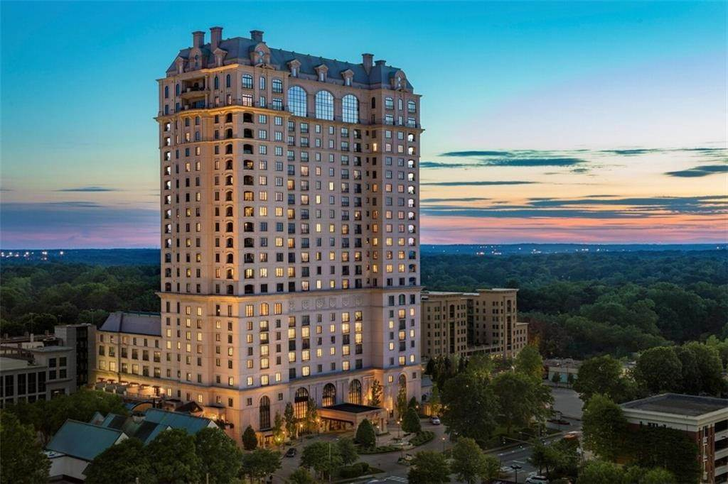 Condominiums for Sale at 88 Paces Ferry W NW Road 1440 Atlanta, Georgia 30305 United States