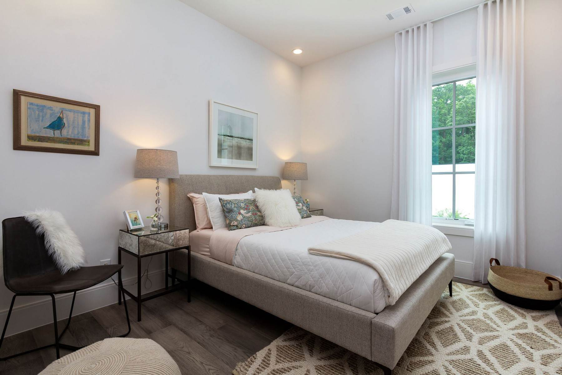 11. Condominiums for Sale at Elegant Home With Ample Storage And Outdoor Living Space 1200 Ponce de Leon Avenue NE, No. A6 Atlanta, Georgia 30306 United States