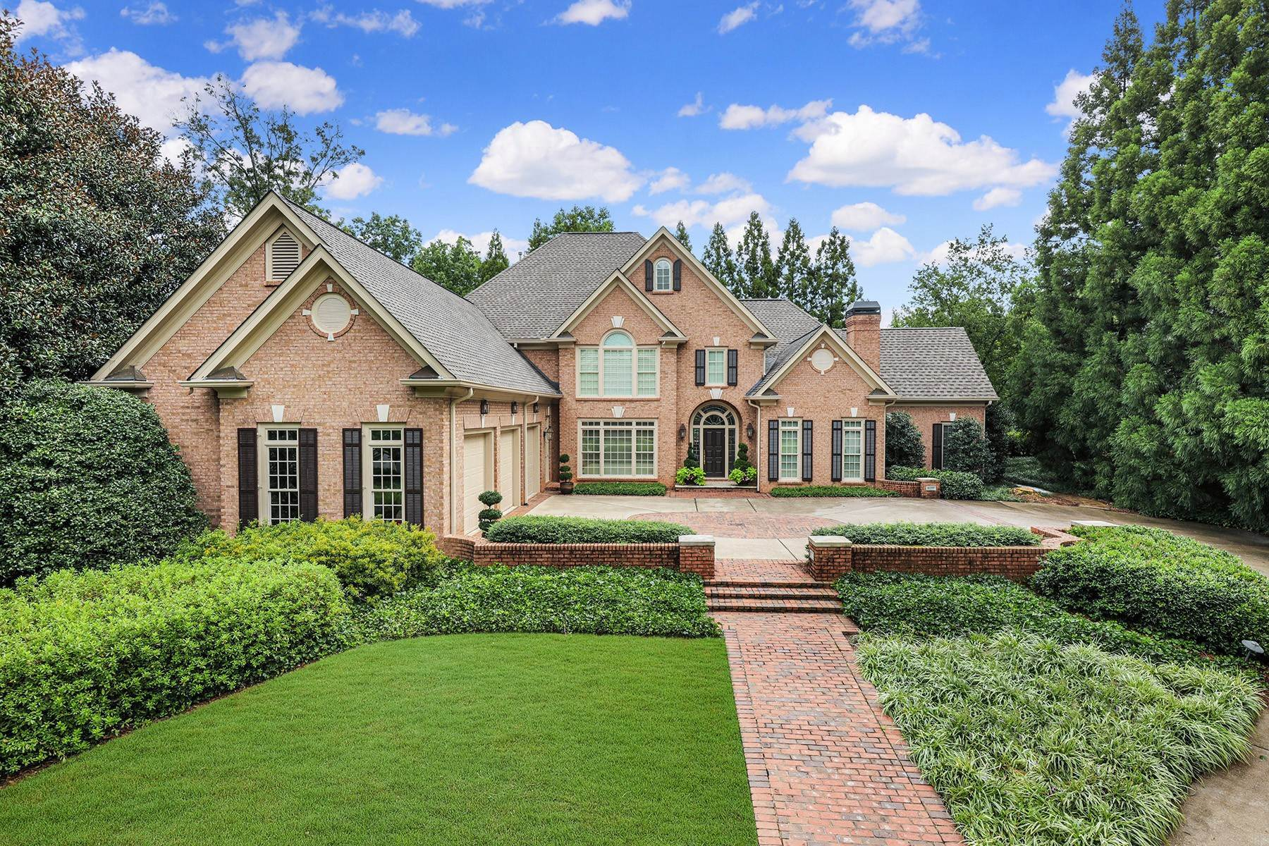 Single Family Homes のために 売買 アット Elegant Country Club of the South Custom Home 3930 Merriweather Woods Johns Creek, ジョージア 30022 アメリカ