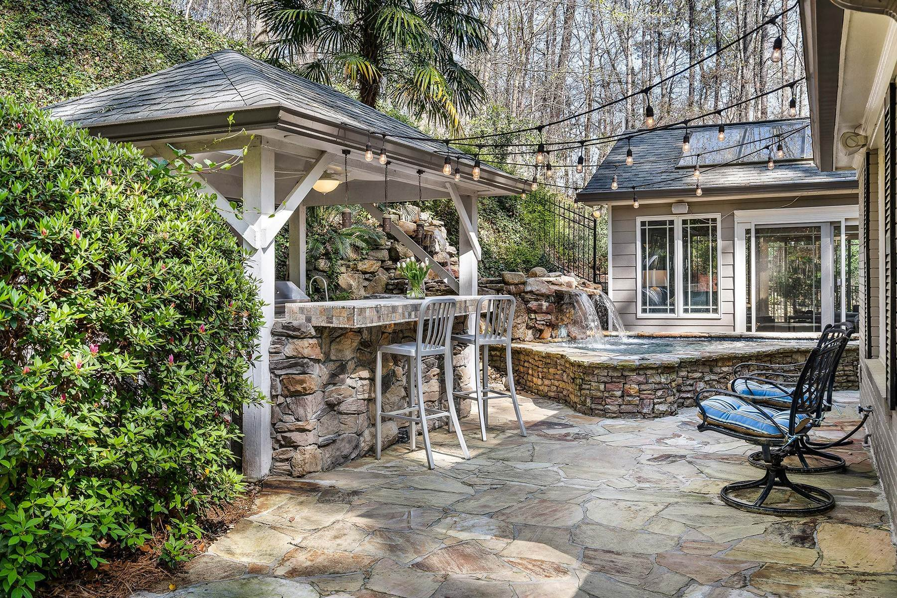 10. Single Family Homes for Sale at Fabulous Updated and Expanded Home Near Chastain Park 4944 Carol Lane Atlanta, Georgia 30327 United States