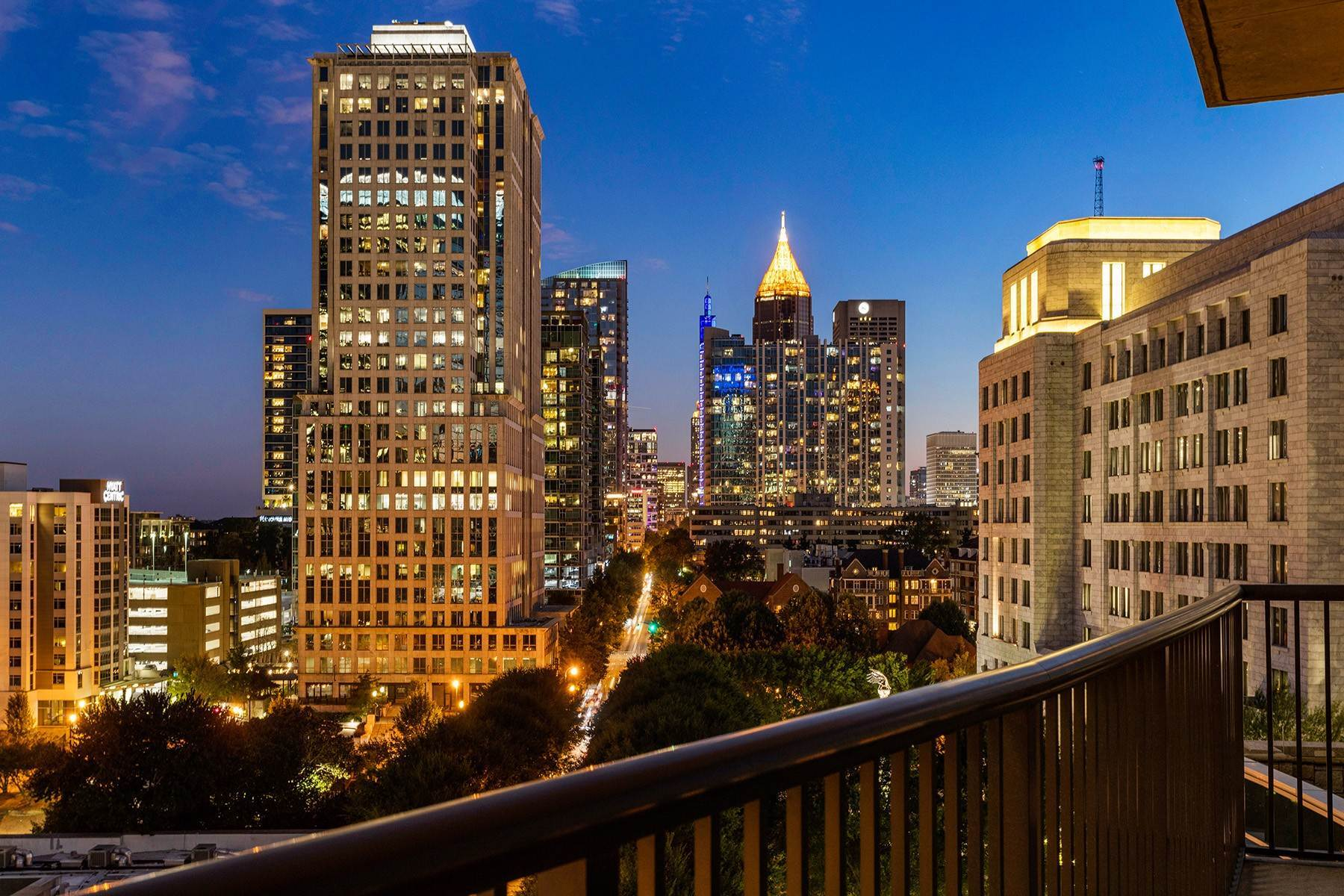Condominiums for Sale at Incredible Midtown Views 1080 Peachtree Street, No. 910 Atlanta, Georgia 30309 United States